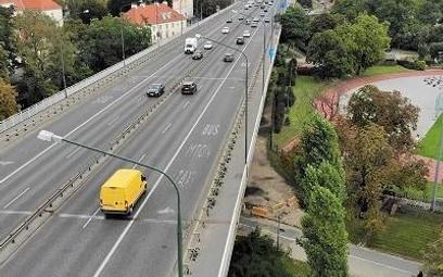 Od poniedziałku ruszają prace przy przebudowie wiaduktów stołecznej Trasy Łazienkowskiej na wysokośc