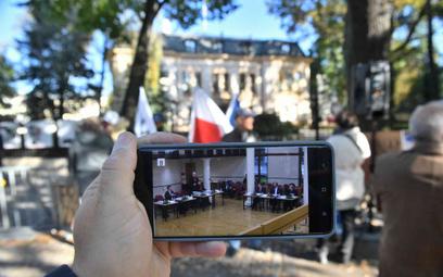 Demonstracja przed TK w czasie posiedzenia z 7 października