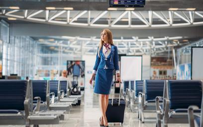 Zwalniane stewardesy zostaną pielęgniarkami
