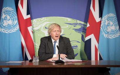 Brytyjczycy szturmują biura podróży. Sprawił to premier