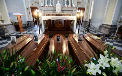 Kościół w Bergamo na północy Włoch, regionie najbardziej dotkniętym epidemią w Europie.