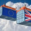 Brytyjczycy są zmuszeni importować na Wyspy żywność, gdyż ich kraj nie jest pod tym względem wystarc