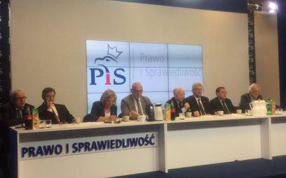 Jarosław Kaczyński zapowiada: Wycofujemy się z dwukadencyjności wstecznej