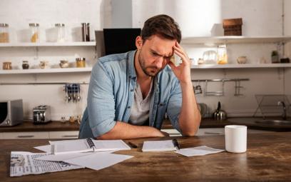 Łatwiej ogłosić upadłość, ale trudniej uzyskać oddłużenie