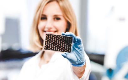 Saule Technologies: pierwsza na świecie fabryka perowskitowych ogniw słonecznych