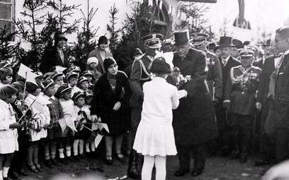 Wizyta prezydenta RP Ignacego Mościckiego wszkole żydowskiej wNowogródku, 1929 r.