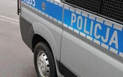 Pieszy dźgnięty nożem przez kierowcę w centrum Warszawy