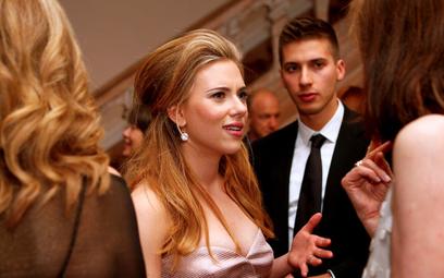 Szczególnie dotknięta procederem deepfake była znana aktorka Scarlett Johansson. Teraz ostro walczy