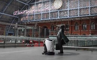 Autonomiczny robot chroni kolej w Londynie