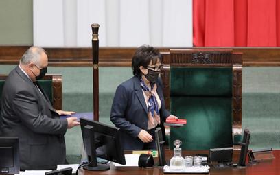 Marszałek Sejmu nie pozwoliła na odtworzenie z mównicy hymnu UE