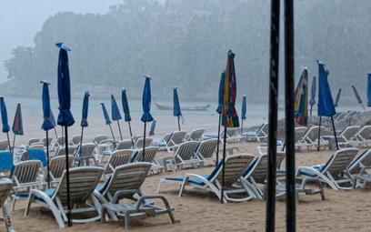 Deszcz zamiast słońca na plaży? Masz odszkodowanie