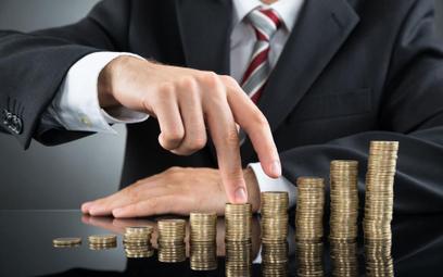 Jakie składki do ZUS płaci przedsiębiorca na etacie