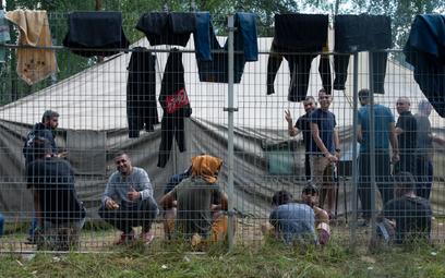 Obóz dla nielegalnych imigrantów przybyłych z Białorusi na poligonie litewskiego MSW w Rudnikach, 13
