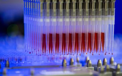 Dawka szczepionki Sanofi za niecałe 10 euro