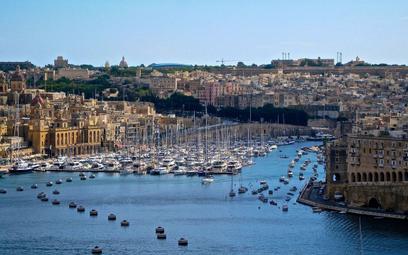 Brytyjczycy ruszyli po wycieczki. Polecą na Baleary, Maderę i Maltę