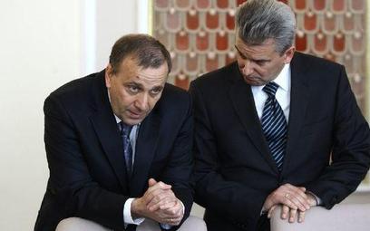 Grzegorz Schetyna i Cezary Grabarczyk po wezwaniu premiera do pojednanie spotkali się na cygarze. Na