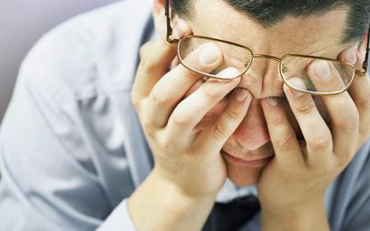 Ciągłe zmęczenie, brak energii, obniżony nastrój mogą być objawami dystymii