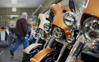 Motocykle zyskają wymienne baterie