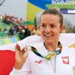 Maja Włoszczowska po ceremonii dekoracji na igrzyskach w Rio de Janeiro, 20 sierpnia 2016 r.