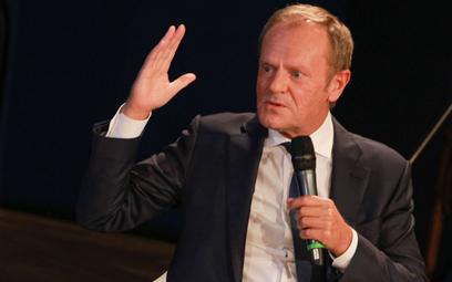 Sondaż: Czy Polacy chcieliby, aby Donald Tusk wrócił do polskiej polityki?