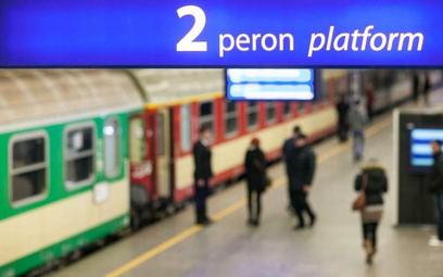 Koronawirus: Kolej spisuje pasażerów