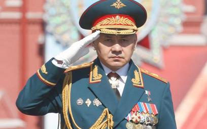 Siergiej Szojgu, minister obrony, rozbudowuje wojskowy koncern medialny. Jak wynika z sondaży, tylko