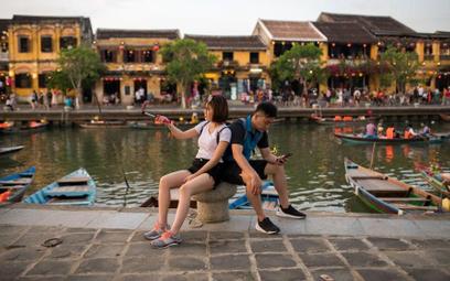 Booking.com wie czego trzeba turystom w 2019 roku