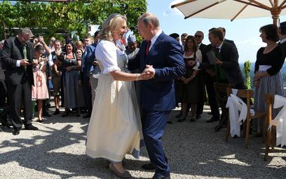 Szefowa MSZ Austrii: Taniec z Putinem? Tańczę też z innymi