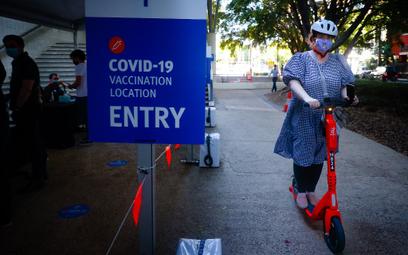 Agent turystyczny zachęca do szczepień. Daje voucher na wycieczkę
