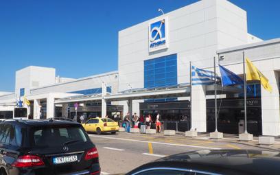 Grecja przedłuża ograniczenia w lataniu
