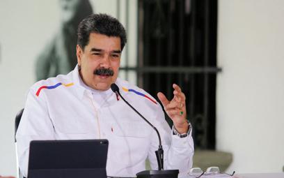 Koronawirus. Wenezuela będzie płacić ropą za szczepionki na COVID-19?