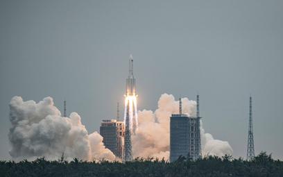 Chińscy naukowcy proponują strzelanie do asteroid