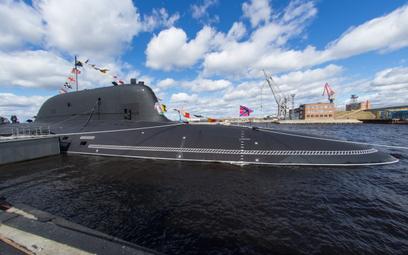 Atomowy okręt podwodny Kazań wszedł do służby w rosyjskiej flocie