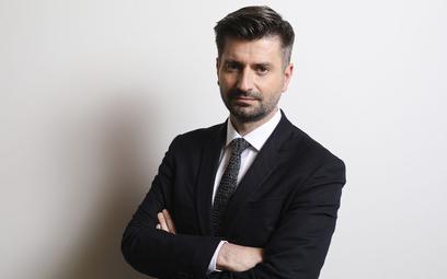 Krzysztof Śmiszek: Wolimy budować mosty a nie mury