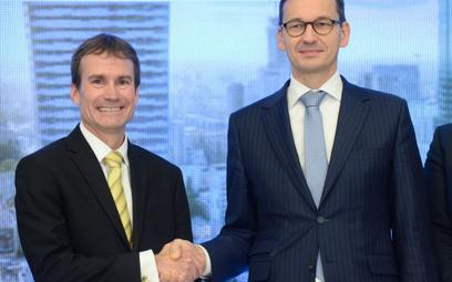 Wicepremier Mateusz Morawiecki i Steve Cohen, dyrektor zarządzający warszawskiego hubu J.P. Morgan w