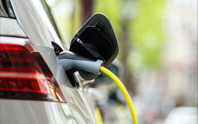Elektromobilność szczególnie mocno odczuwa kryzys