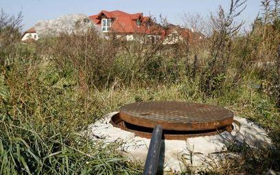 Sąd o przyłączu kanalizacyjnym: koszty nie mają znaczenia