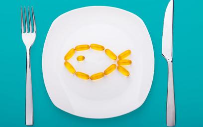 Naturalnym źródłem nienasyconych kwasów tłuszczowych omega-3 są tłuste ryby morskie: łosoś, makrela,