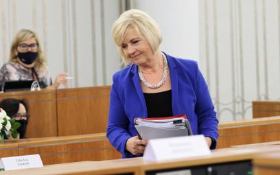 Czy zamiast senator Lidii Staroń głosował ktoś inny?