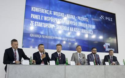 Współpraca przemysłu zbrojeniowego ze startupami – synergia na rzecz innowacji.