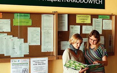 Anna Wera (z lewej) i Katarzyna Słomska studiują europeistykę w Instytucie Polityki Społecznej i Sto