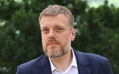 Zandberg: Partia Bielana zbiorniczkiem na polityków, których nie obowiązuje uchwała sanacyjna