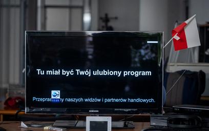 Protest mediów: Polsat i TVN przed Telewizją Republika