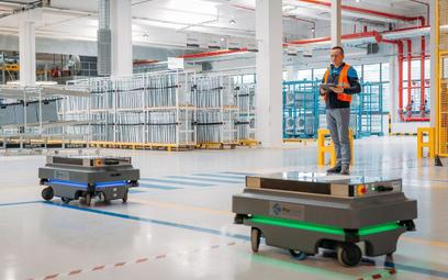 Autonomiczne roboty mobilne pomagają w transporcie ładunków w przemyśle, logistyce i służbie zdrowa