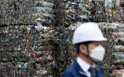 To koniec plastikowych odpadów. Powstanie nowy materiał