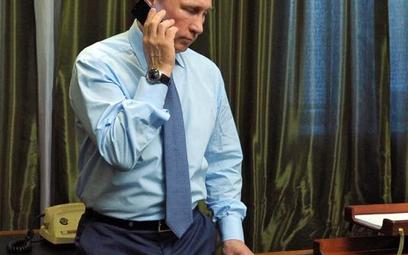 Rzecznik Władimira Putina twierdzi, że prezydent jest zdrów i cały. Zdjęcie z minionego roku