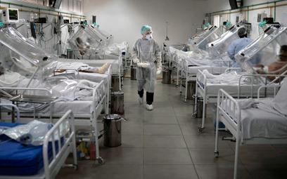 Pacjenci na oddziale covidowym