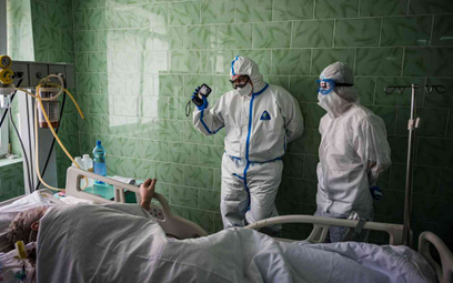 Rosja: Liczba wykrytych zakażeń przekroczyła 300 tysięcy