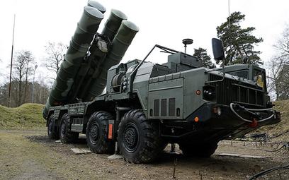 Wyrzutnia rosyjskiego systemu S-400. Fot./mil.ru