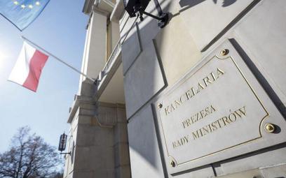 Rząd wynajmuje tanio: Kto zajmuje rządowe mieszkania?